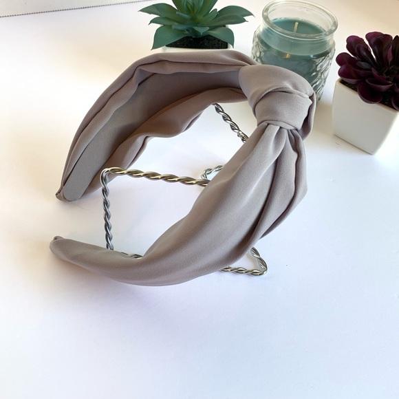 520479af2 Gray Textured Turban Style Headband